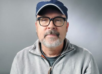 Kameramann Herr mit Brille